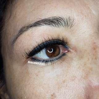 Hybrid set eyelash extensions