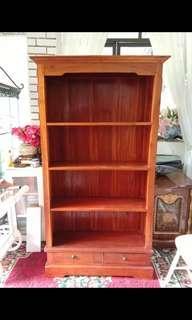 Open shelf (jati/teakwood)