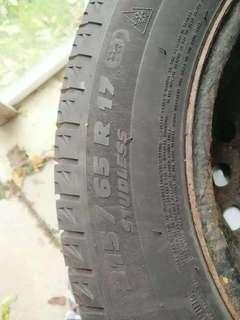 Michelin Snow Tire with rims
