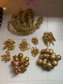 Used Christmas decor