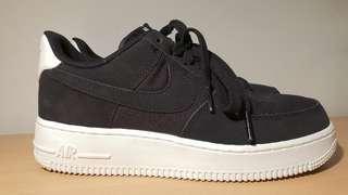 Nike Air Force 1 Suede Black (24cm)
