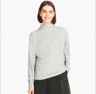 Uniqlo Soft Knit Fleece Pullover