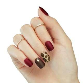 🚚 [FreeMail]Dashing diva Press on Manicure#Be Fabulous(slim fit series)