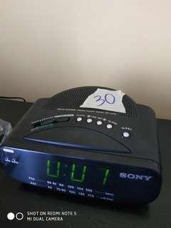 Vintage Sony Radio + Alarm