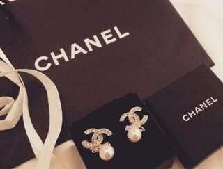 Chanel Gold Crystal Earrings with Pearl