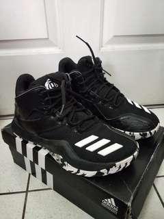 🚚 Adidas rose 773 5代,US:8~8.5號參考