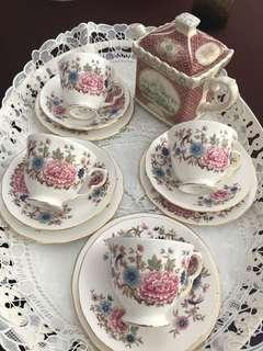 Vintage teacups and saucer