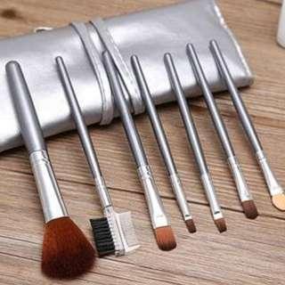 Set Kuas alat Make Up brush 7 Pcs + dompet make up / peralatan make up