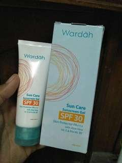 Sunscreen wardah Spf30pa+++