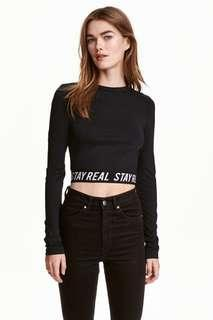 🚚 近全新✨H&M crop top Size:S stay real 太有型 質感 長袖短版上衣 小高領黑 原價599