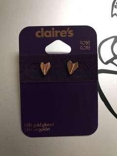 (英國購入)Claire's 18K玫瑰金紙飛機耳環 (Bought in U.K.) Claire's 18K Rose Gold Paper Plane Earrings