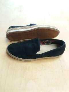 Sepatu slip on zara man navy suede original