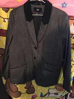 黑色領灰色西裝外套 Grey Blazer with Black Collar m