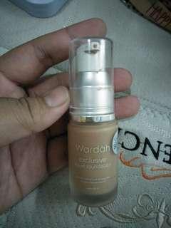 Liquid foundation wardah 'sandy beige'