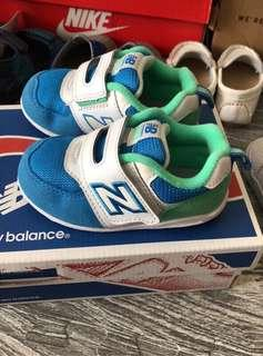 🚚 二手極新 newbalance 574 學步鞋