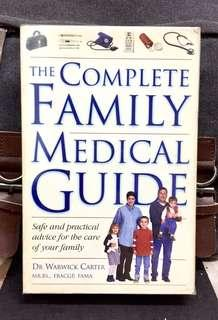 《Preloved Paperback + 》Dr Warwick Carter - THE COMPLETE FAMILY MEDICAL GUIDE : Safe and Practical Advice for the Care of Your Family