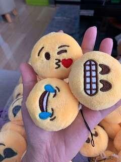 🚚 Emoji keychains