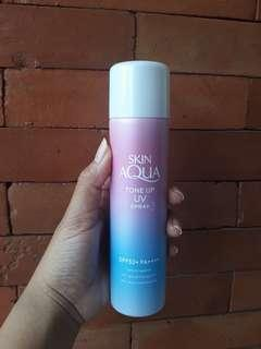 Skin Aqua Tone Up UV Spray