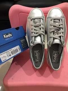 Keds Triple Metalic Silver Size 37,5