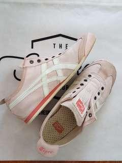 Asics Onitsuka Tiger baby pink no lace sneakers AU7