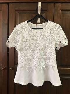Preloved White Lace Top with Ribbons