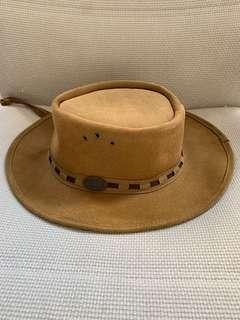 Rogue leather hat