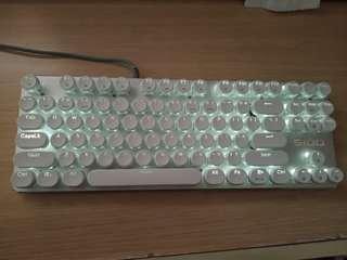可即日面交   電腦機械鍵盤一個 usb