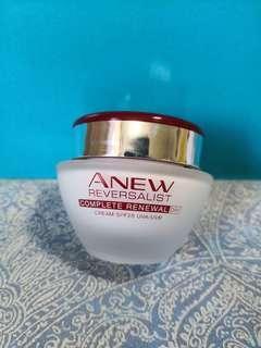 Avon ANEW Reversalist Day Cream