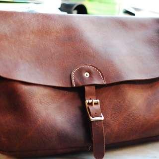 Vintage Handmade Leather Message Bag 郵差包