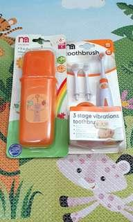 NEW MOTHERCARE 3 STAGE BATTERY OPERSTED TOOTHBRUSH & TRAVEL CUTLERY SET