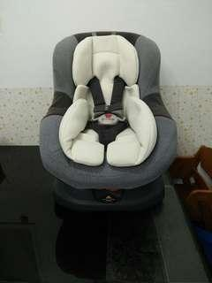 Combi Neosis frist Eg安全座椅