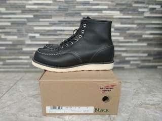 redwing 8130 size 9D fit 42