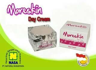 More Skin Cream Pagi by Nasa perawatan kulit wajah