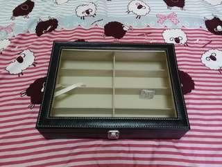 Spectacles Storage Box