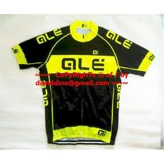 ~~~ OnLy $28 ALMosT FLaWLe$$  CoND ALE CyCling JerSeY SHirT Size L  ~~~