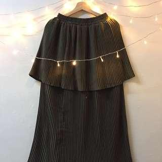 Pleated Skirt : Lumut Green Colour #SBUX50