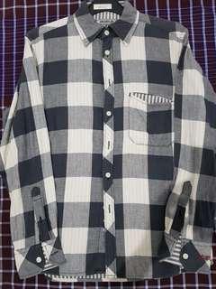 Flannel wrangler