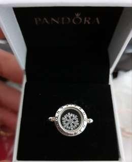 *Perfect Christmas Gift* Authentic Pandora Locket Ring (Size 54)