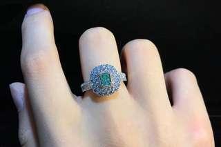 天然彩淺綠色鑽石戒指 GIA證書 Natural fancy light green diamond ring