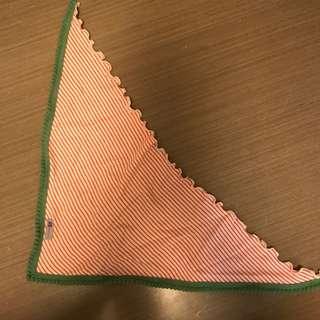 全新 韓國 南大門 間條 條紋 紅 三角 圍巾 口水堅 包郵