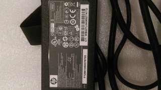 HP AC adapter 筆電電源供應器