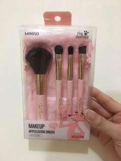 Miniso pink panther make up appplication brush