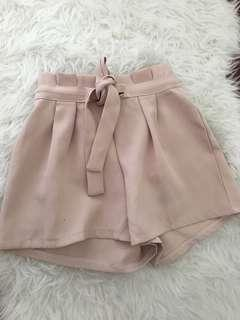 Womens beige shorts