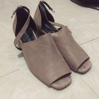 全新女神鞋 涼鞋 厚跟鞋 秋季 易襯 上班族 寬腳褲 裸色系 日系 可愛甜美風 型格風