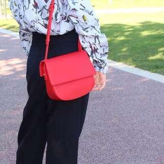 全新/現貨♥️正紅色側背小包