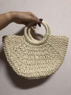 🚚 Straw Bag