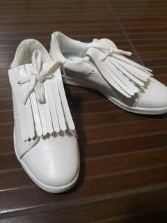 Plains and prints Ayesha rubber white shoes size 8