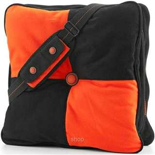 Laptop pillow bag