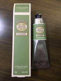 L'occitane Almond Delicious Hands 150ml