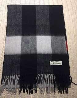 Burberry 100%cashmere羊絨圍巾